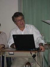 デヴィッド・ケネット教授(Professor David Kennett)